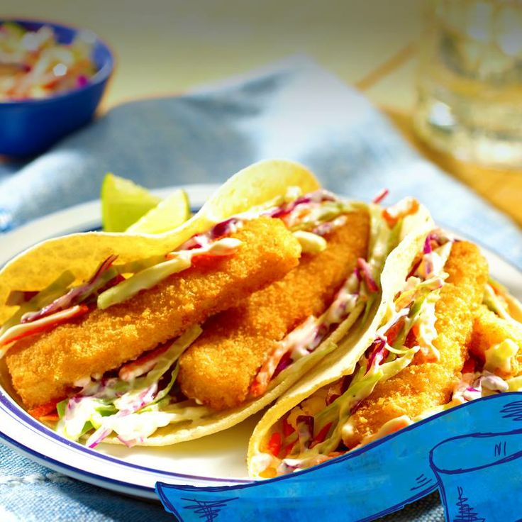 Fill up on these Easy Fish Tacos.: Seafood Recipes, Yummy Recipes, Yummy Seafood, Fish Sticks, Sticks Tacos, Seafood Mmm, Weeknight Dinners, Easy Weeknight, Easy Fish Tacos
