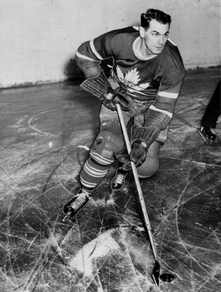 Syl Apps: Swashbuckling centre retired in 1948 after leading Leafs to three Stanley Cups. He scored 201 goals despite missing two seasons while serving overseas during World War II. (Turofsky/Alexandria Studio)
