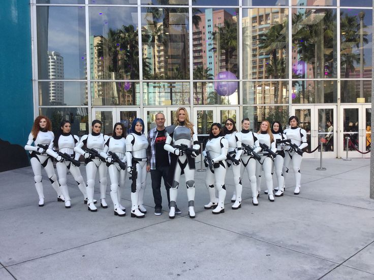 This Man Created Epic Female Stormtrooper Costumes to Fill a Void #cosplay #supertoycon http://www.people.com/article/star-wars-female-stormtrooper-costume-cosplay