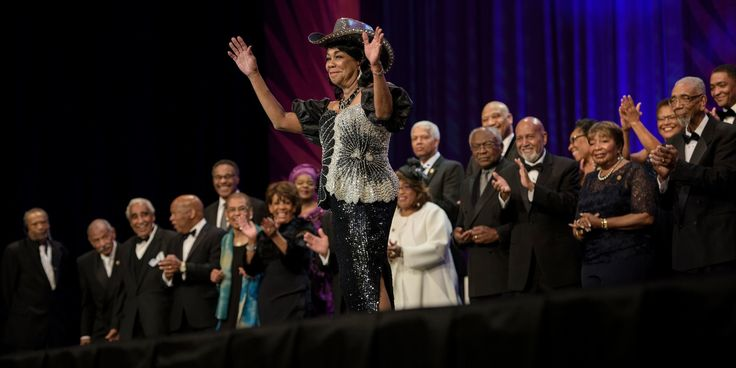 Donald Trump's Path To 300 House Votes On Infrastructure Runs Through The Black Caucus - http://a1viral.com/donald-trumps-path-to-300-house-votes-on-infrastructure-runs-through-the-black-caucus/