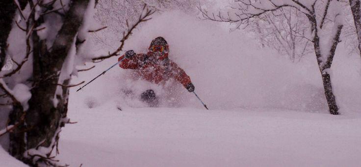 """The Shadow Campaign  DPS Skis Cinematic startet mit ihrer ersten Episode """"The Weight of Winter"""", von ingesamt vier Kurzfilmen der """"The Shadow Campaign""""-Serie, in den Winter. Wir sind schon sehr auf die weiteren Episoden gespannt und freuen uns, zwei davon auf der Alp-Con CinemaTour 2015 zeigen zu dürfen!  #AlpCon #DPSSkis #Sturgefilm #Pow #Freeride #Ski"""