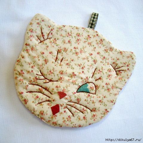 Embroidered cat hot pad, 1940's vintage style (I am pretty sure I have this pattern on an old aunt martha's transfer sheet!)