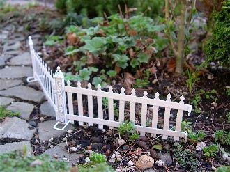 Amazing Miniature Garden White Picket Fence, 2 Pcs.