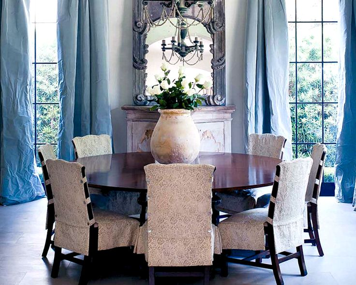 Ivy Clad A Pam Pierce Project Absolutely Beautiful Space Love This Dining Room With Round Table