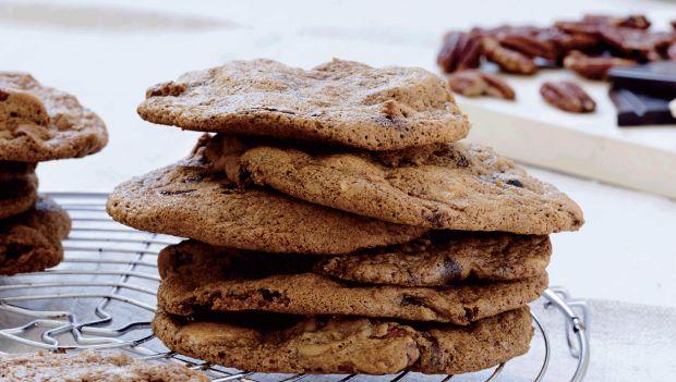 Cookies med tranebær og chokolade | femina.dk