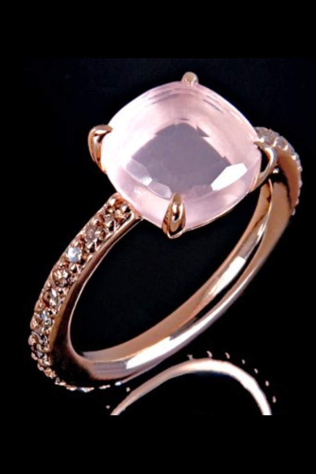 Pomellato - needs a reverse taper u-prong setting with light ice peach pink champagne sapphires while center stone could use a light orange champagne sapphire it diamond cabochon
