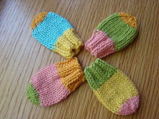 Baby mittensBaby Mittens Crochet Pattern, Free Pattern, Free Knitting/Mitten, Free Knits Pattern For Baby, Mitt Pattern, Knitted Baby, Knits Mittens For Baby, Crochet Knits, Knits Baby Mittens