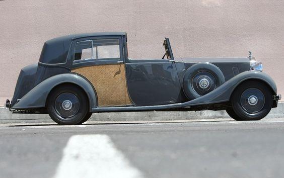 1937 Rolls-Royce Phantom III Sedanca Deville: