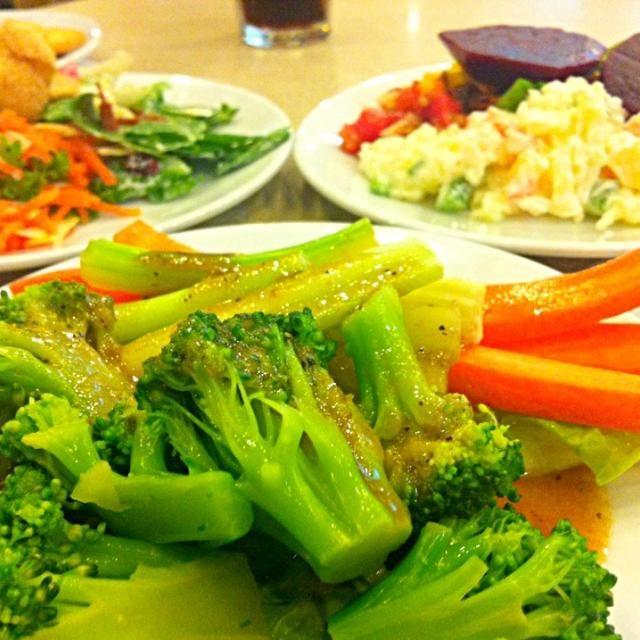 レシピとお料理がひらめくSnapDish - 2件のもぐもぐ - From the salad bar by Jorge Bernal Márquez
