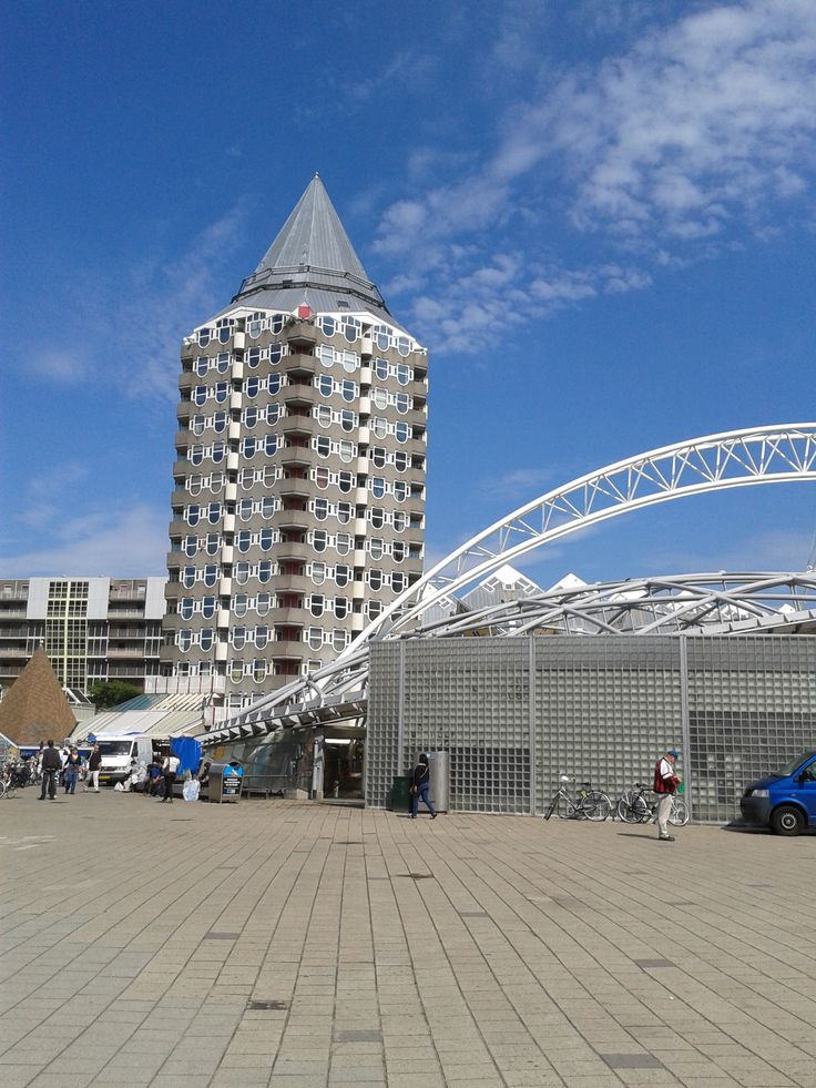 The Pencil House in Rotterdam - Near the station0
