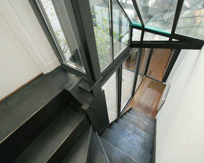 39 best images about un escalier sur limon central design for Appartement duplex design