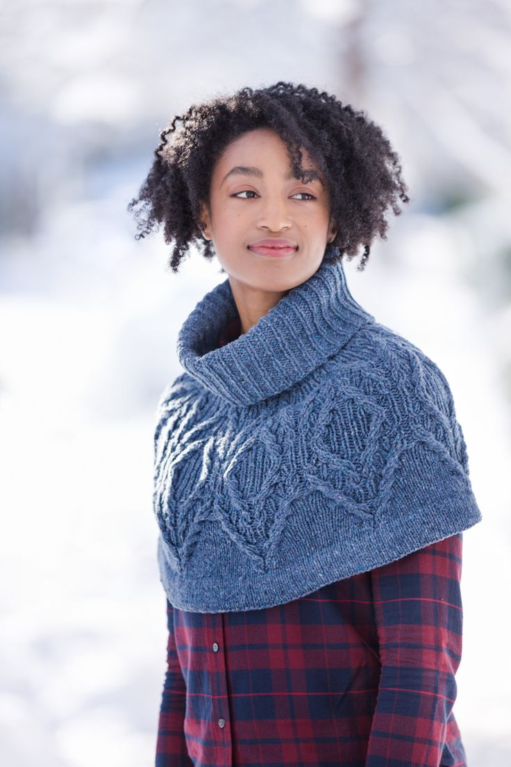 In transitional weather, a yoke-without-the-sweater makes a surprisingly versatile accessory. Wear Pyry loosely draped about the neck or snug it down over your shoulders, capelet style, to fend off the chill. Knit top-down in Shelter, this cowl begins with a cozy ribbed turtleneck and features a cabled shield motif filled in with single rib. A …