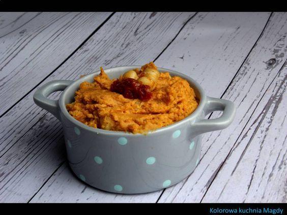 Kolorowa Kuchnia Magdy: Pasta z ciecierzycy i suszonych pomidorów