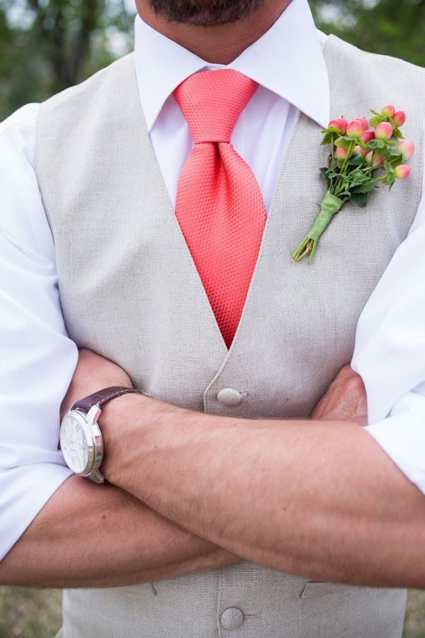 80 best Boutonnieres We Love images on Pinterest Boutonnieres