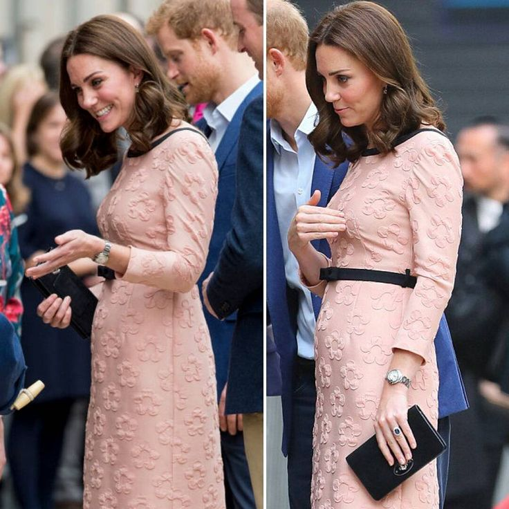 The Duke and Duchess of Cambridge and Prince Harry today Look Catherine's baby bump #duchesskate #duchessofcambridge #katemiddleton #catherineelizabethmiddleton #catherinemiddleton #princewilliam #willandkate #williamarthurphiliplouis #dukeofcambridge #dukewilliam #princeharry #princeharryofwales #harryofwales #thecambridges #britishroyals #britshroyalfamily #britainroyalfamily #britainroyalty #royalfamilybritain