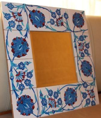 """Зеркало с фацетом """"Османские мотивы"""" в обрамлении плитки размером 10х10, расписанной вручную. Размер зеркального полотна 20х20, общий размер 40х40. Цена - 7500 рублей"""