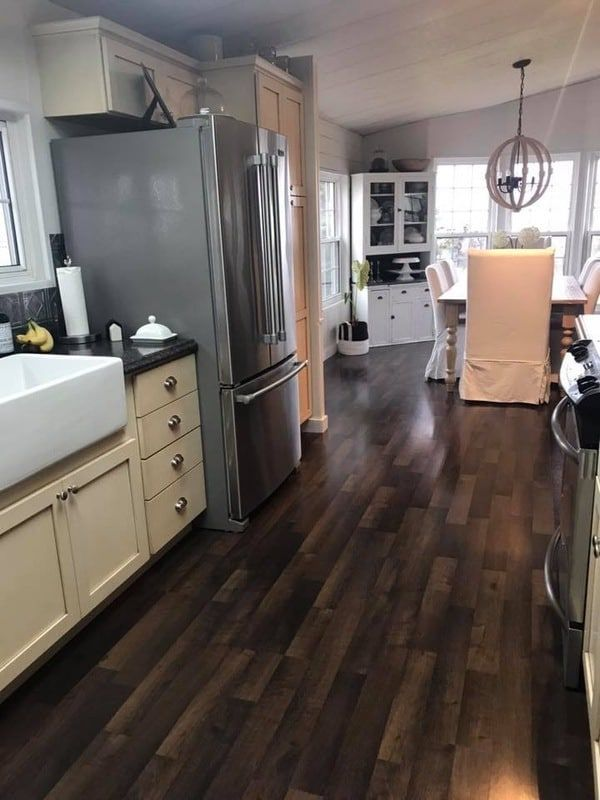 1984 Double Wide Manufactured Home Remodel Is Farmhouse ... on double wide log manufactured homes, manufactured homes bathroom, double wide trailer, log cabin homes bathroom, single wide trailer bathroom, trailer mobile homes bathroom, remodeling mobile home bathroom, used mobile homes bathroom,