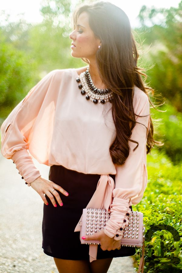 classy: Outfits, Fashion, Pink Blouses, Style, Clutches, Pale Pink, Pencil Skirts, Pink Black, Bibs Necklaces