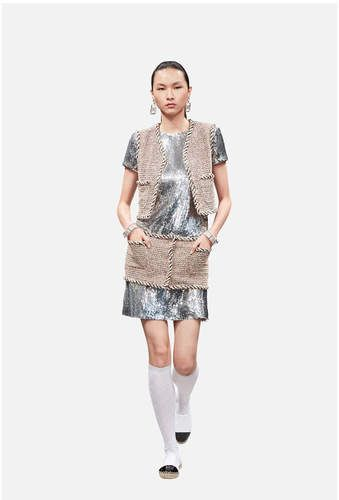 The Spring-Summer 2018 Pre-Collection Ready-to-wear collection on the CHANEL official website