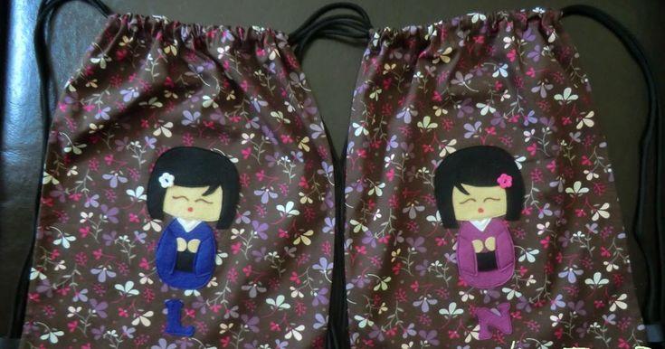 Por fin he sacado algo de tiempo para hacer alguna cosita, uuf!! Estas dos mochilas son para mis mellizas favoritas, ellas mismas han...