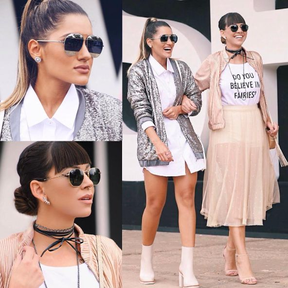 O #SPFW começou e é óbvio que estamos de olho  em tudo que está rolando nas corredores e passarelas!! @crisales__ e a @amandacoutinhor arrasaram apostando nas tendências dos #metalizados, comprimento #midi, #transparência, #óculos #espelhados, #chokers, #bomberjacket  Super antenadas!!! As amigas escolheram os óculos #Dior Split & #RayBan Hexagonal 3548N  Ambos disponíveis na #EnvyOtica  Encontre essas e outras cores em nossa loja online: www.envyotica.com.br  #diorsplit #saopaulof