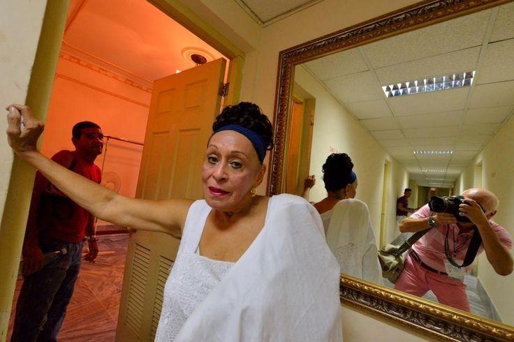 Buena Vista Social Club Presents ,Omara Portuondo, Foto: Andrej Palacko by palackophotograph
