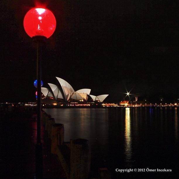 I'm just mixing up some shots. More from lthe Vivid Sydney festival. More New Zealand later