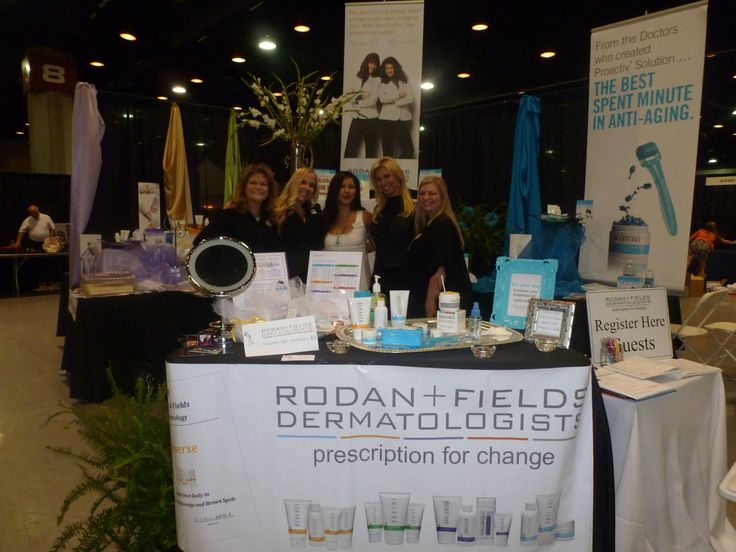 Set Up A Demo Table At Trade Show Rodan amp Fields