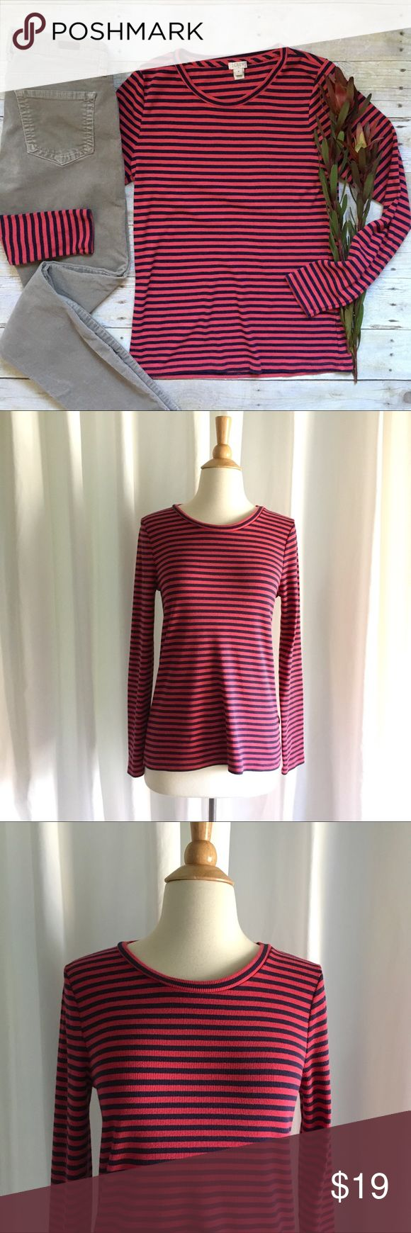 """J. Crew fine-rib striped long sleeve tee A perfect tee for fall! Layer under your favorite cardigan or blazer. Or tuck into highwaist pants and add ankle boots and a hat. Like new. 57/38/5 cotton, viscose, elastane. Factory exclusive. 24.5""""L. 17"""" bust unstretched and laying flat. Size medium. *Outfits pictured are also for sale in my closet, buy the look and save! J. Crew Tops Tees - Long Sleeve"""