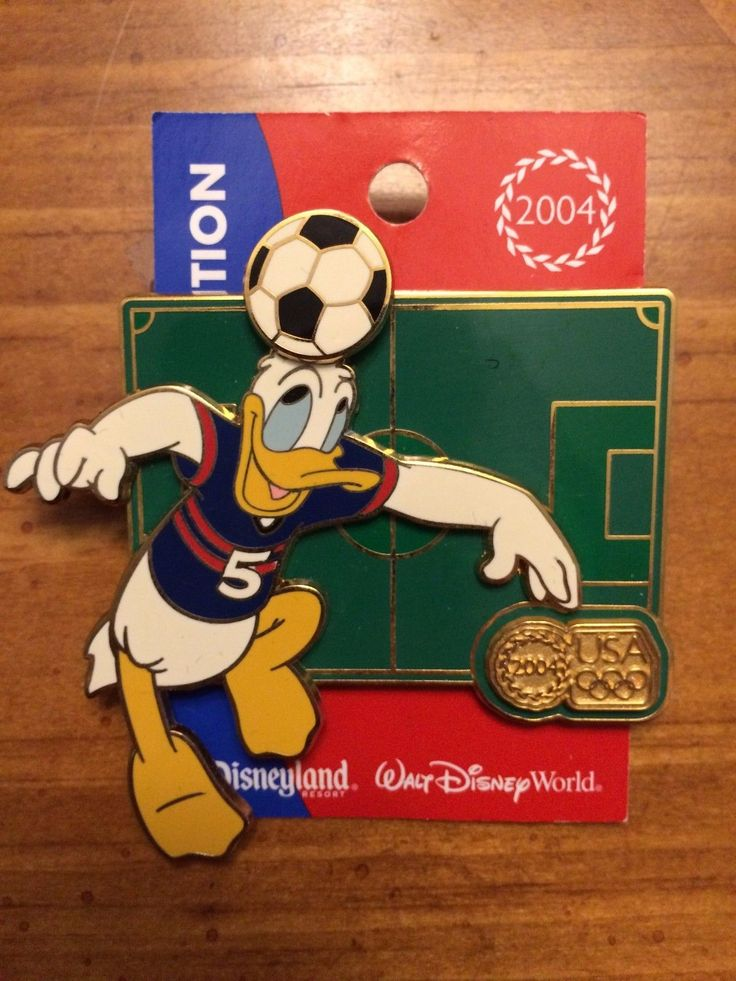 Disneys 2004 Olympics Series Donald Soccer LE 1900 of 2004 Brand New Pin