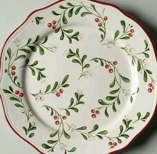 Top 25 Best Christmas Dinnerware Ideas On Pinterest Red Dinner Sets White Dinner Set Ideas