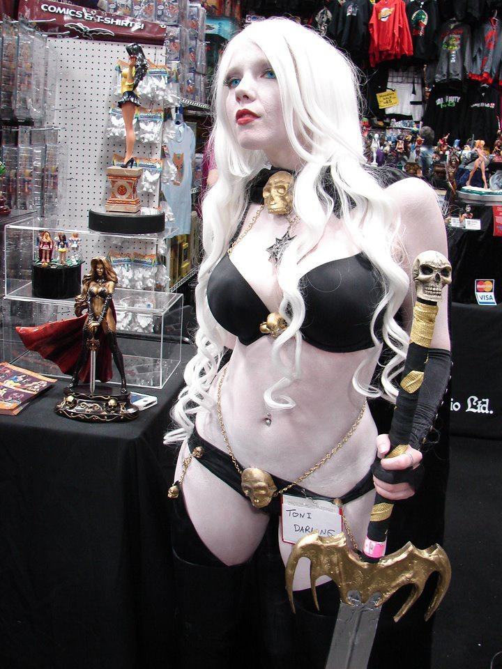17 Best Images About Lady Death Cosplay On Pinterest