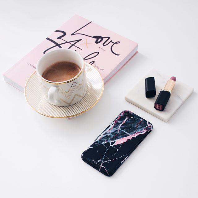 marble phone case | marble iphone case | black marble | black and pink marble | love style life | flatlay | myburga | burga | burgaofficial | flatlay inspiration | instagram photo idea | instagram flatlay | how to take flatlay picture |burga