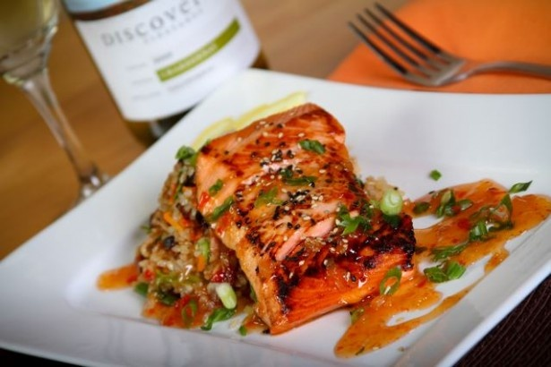 Sweet Chili Pineapple Salmon | Yummi Food | Pinterest | Sweet Chili ...