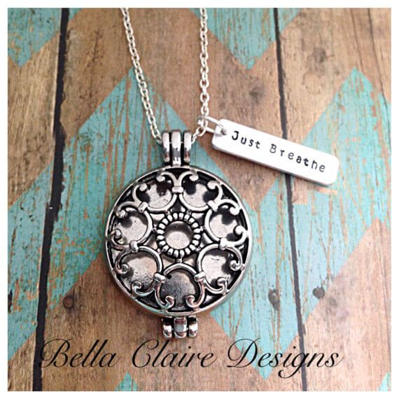 LOVE this essential oil diffuser necklace!!