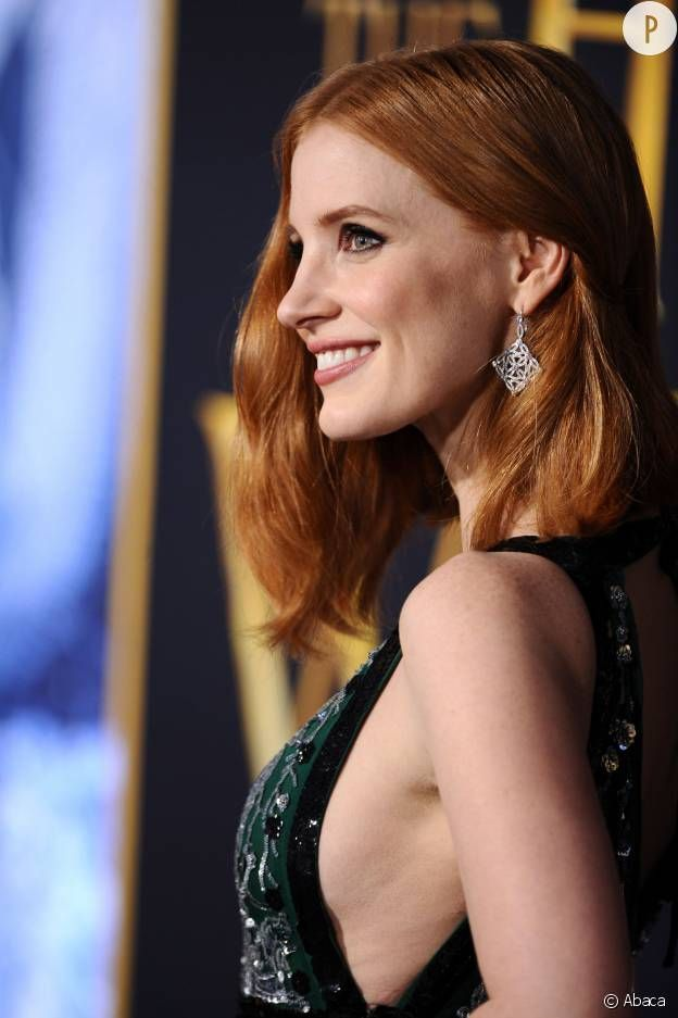Charlize Theron, Jessica Chastain, Emily Blunt trio canon pour Chris Hemsworth