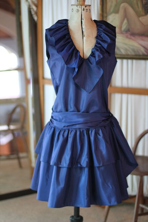 Two Squirrels Online Store: 1980's Love Story - Navy Cocktail dress / SM