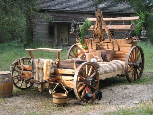 Our unique concept is to hand craft each bed from a real working wagon! Your bed will be an actual part of history.