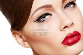 Want to know how you should do makeup beautiful? Please check makeupmango.com
