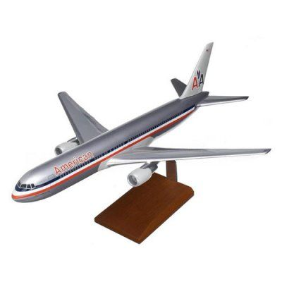 Daron Worldwide Boeing B767-300 American Model Airplane - KB767AATR