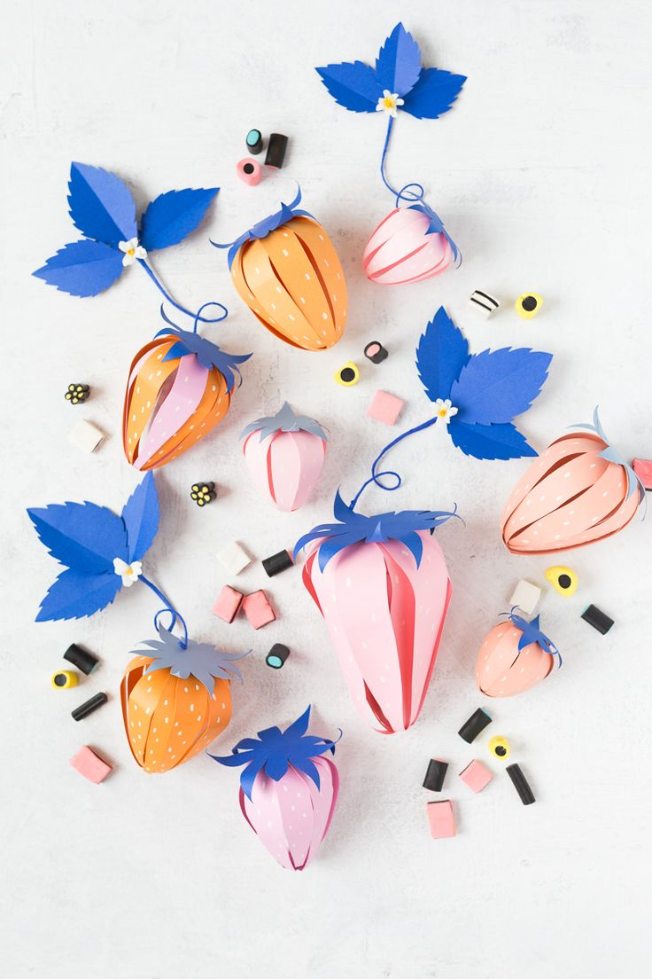 DIY paper strawberry surprise ball | Fill with desired goodies by gently spreading apart the petals and give to someone in need of sweetness!