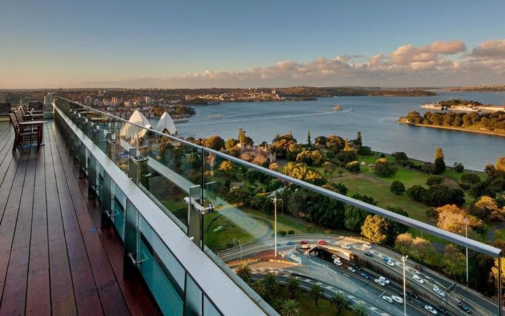 An insider's guide to the best hotels in Sydney's CBD (central business district), including the top hotels for views of Sydney Opera House and the Harbour bridge, rooftop pools, buzzy bars and spas.