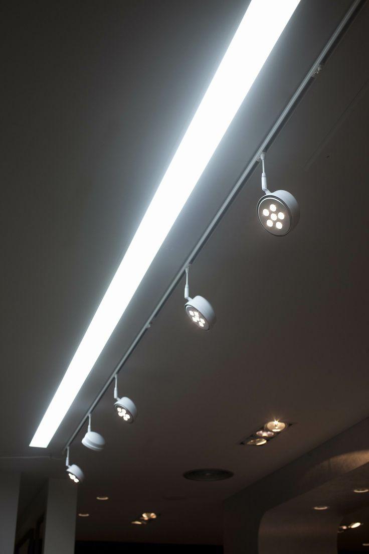 Proyecto iluminación tienda de moda.