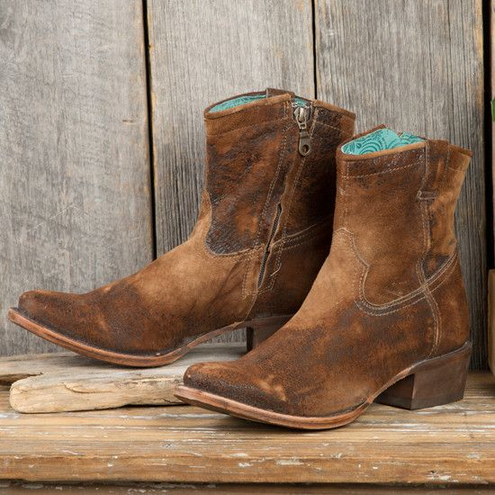 Corral Vintage Short Top Boots- These little shorty Corrals would look great with any outfit!