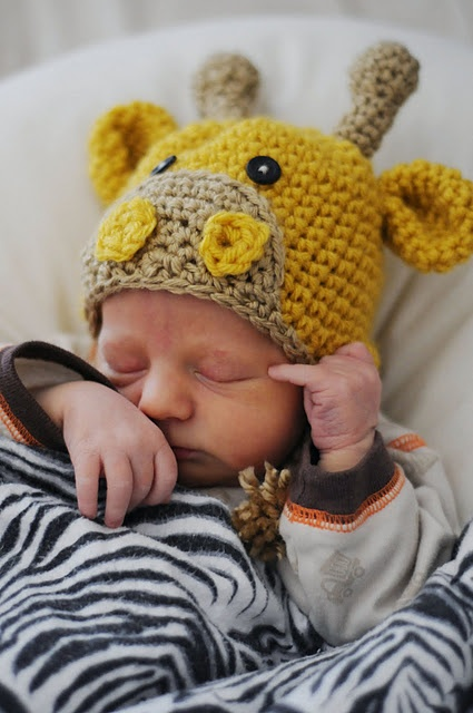 Giraffe crochet hat....this is so cute! can't wait to become a mother! ill most likely have kids before marriage! :)