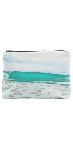 tulum wave pouch. <3
