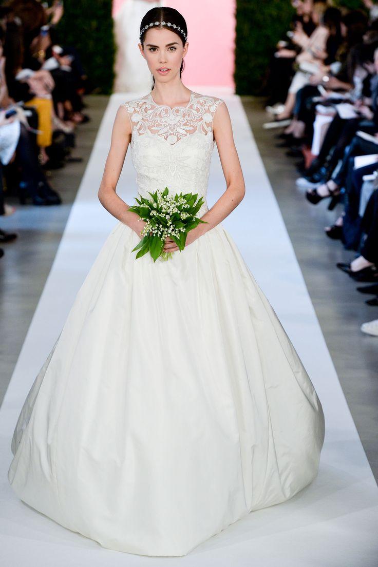 Suknie ślubne 2015: Oscar de la Renta wiosna 2015, fot. Imaxtree