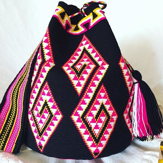 Wholesale & Retail SHOP the full collection ️️LINK in Profile Bio ️️Message me on IG, Whatsapp +57 321 964 9060 or email! #mochilaswayuu #wayuubags #colombianbags #wayuumochilas #wayuubag #wayuumochilabag #colombianbags