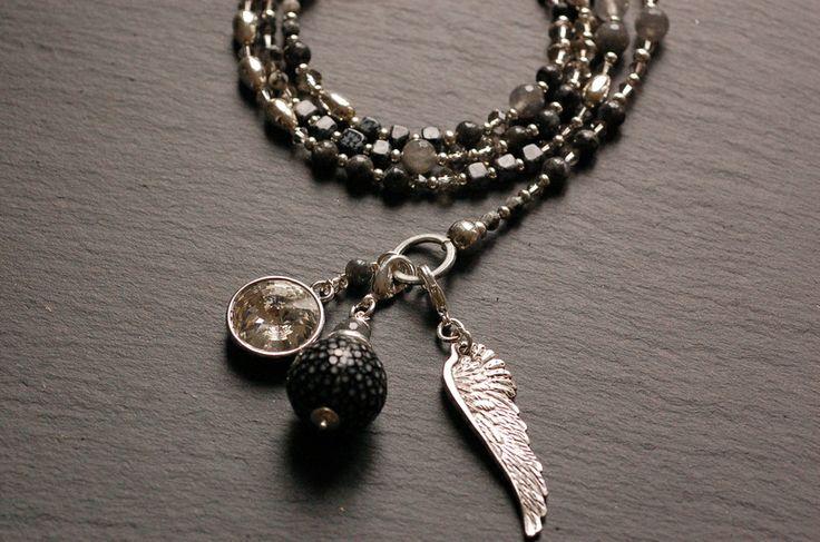 ★Bettelkette★Grau ★Schwarz Flügel ROCHENLEDER  von Juwelenkind® Schmuck auf DaWanda.com