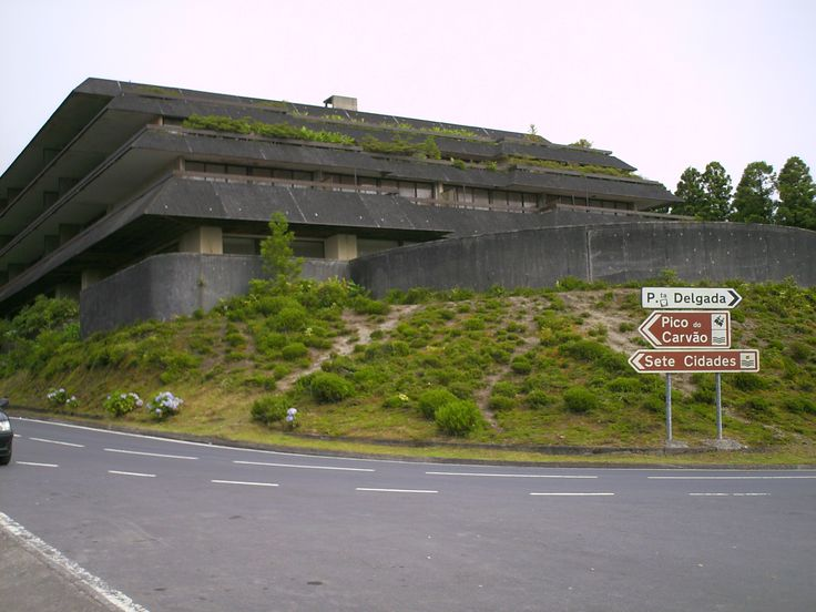 Verlaten hotel, Azoren